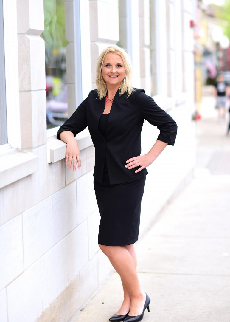 Jennifer Pavao, Sales Manager